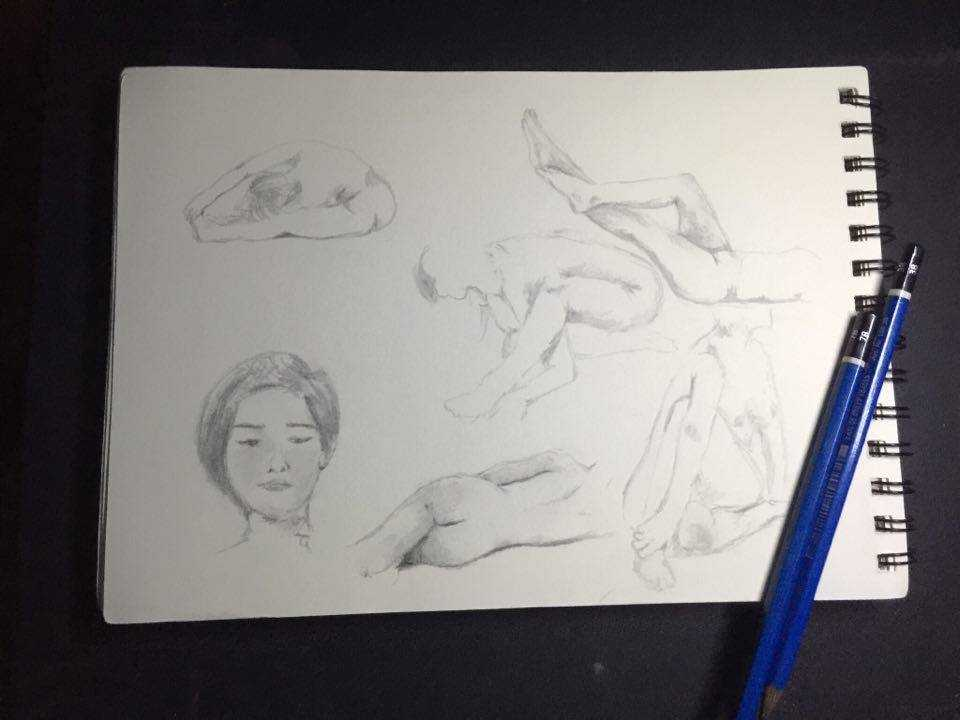 That Time I Tried Live Nude Sketching