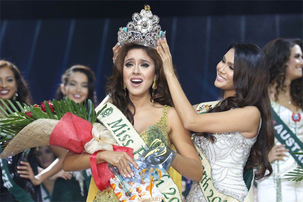 Miss Earth 2016 Katherine Espin from Ecuador